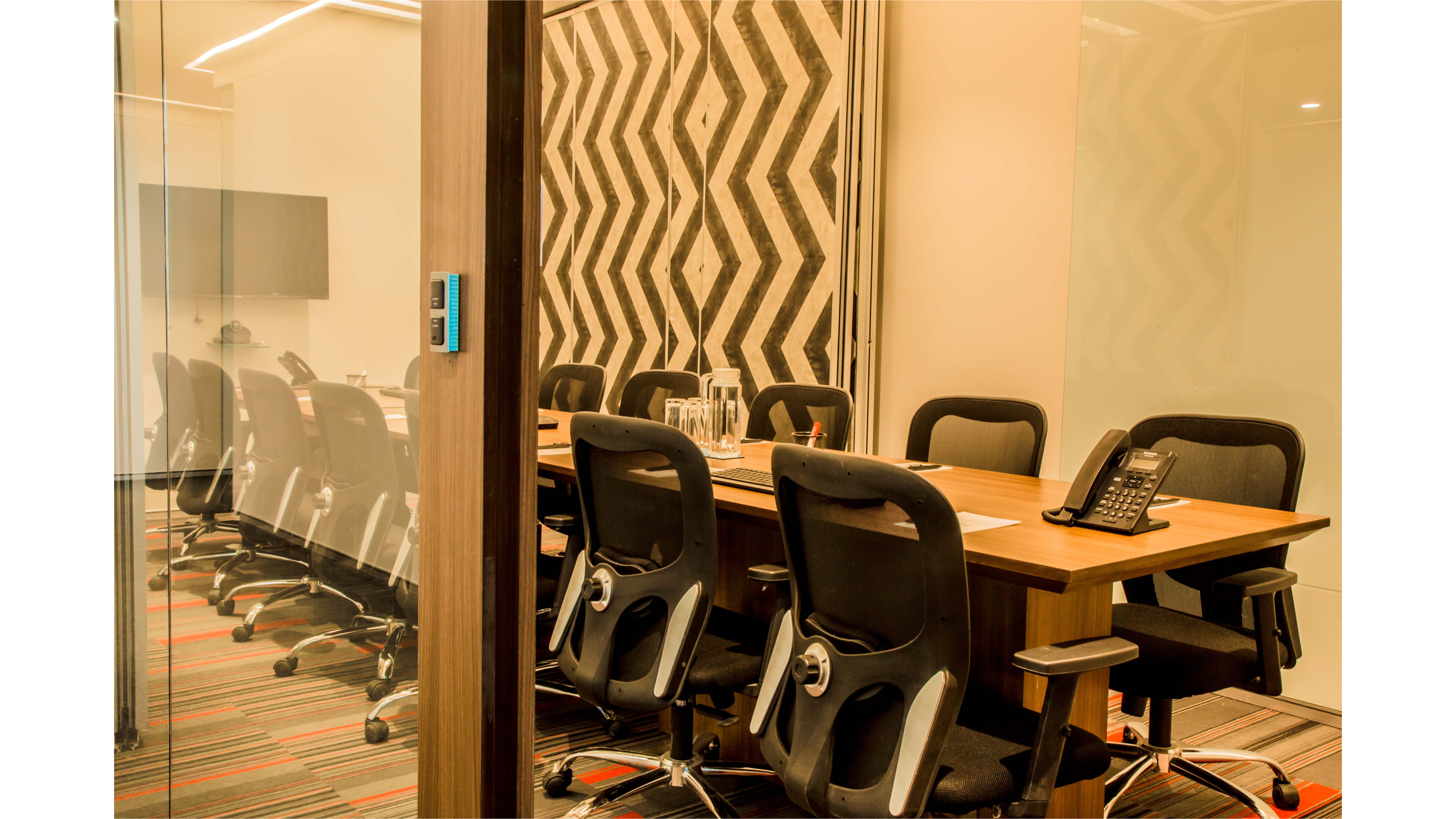 GoSpace 6089 10 Seater Meeting Room   Lower Parel
