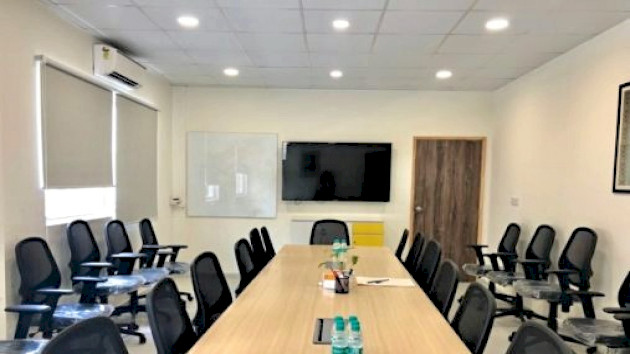 GoSpace 2504 10 Seater - Conference Room