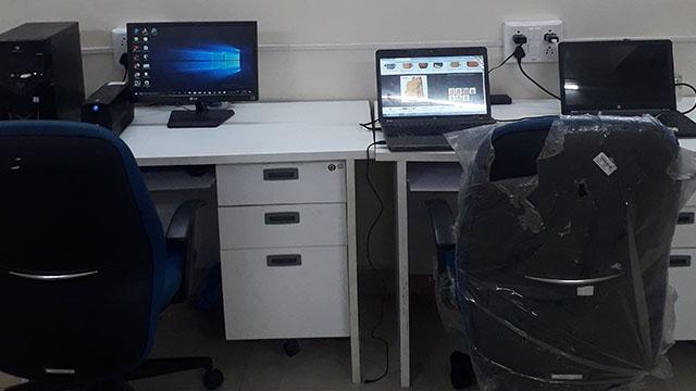 GoOffice 1033 Open Desks