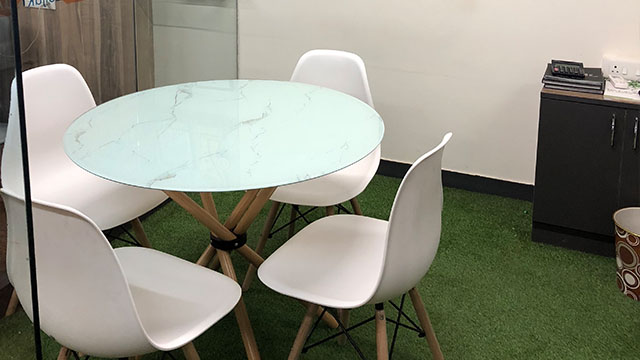 GoSpace 1050 4 Seater - Meeting Room