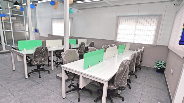 GoOffice 2038  Open Desks
