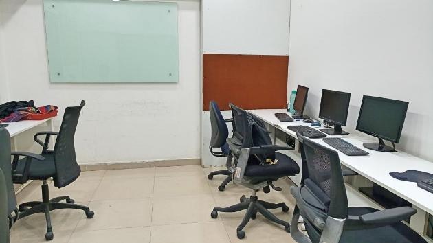 GoOffice 2050 Open Desks
