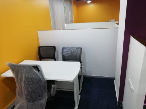 GoSpace 3232 4 Seater Discussion Room | Jubilee Hills