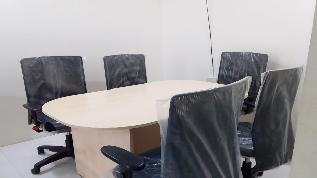 GoSpace 2308 5 Seater - Meeting Room