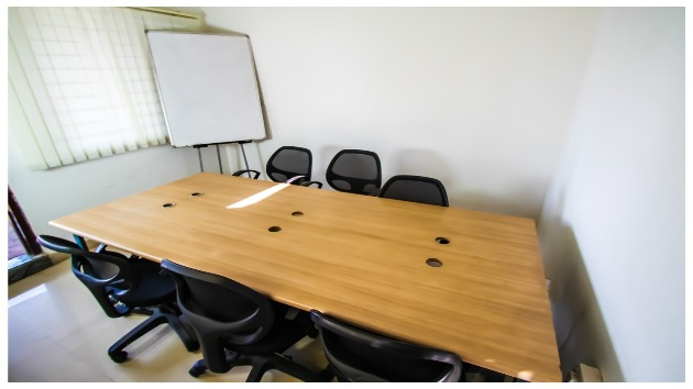 GoSpace 2153  6 Seater - Meeting Room
