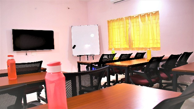 GoSpace 2140 15 Seater - Training Room
