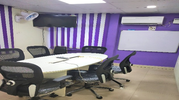 GoSpace 1133 6 Seater - Meeting Room