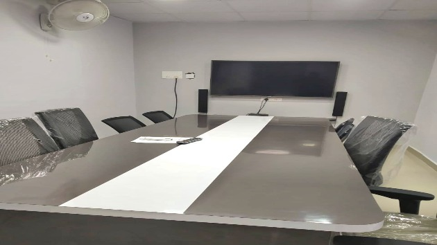 GoSpace 1139 10 Seater - Meeting Room