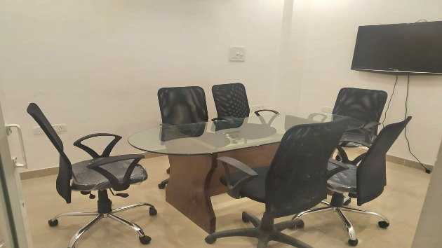 GoSpace 2155  6 Seater - Meeting Room