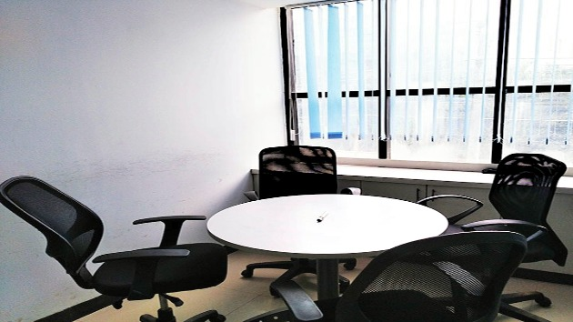 GoSpace 2220 4 Seater - Meeting Room