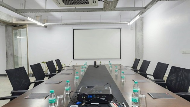GoSpace 1147 15 Seater - Meeting Room