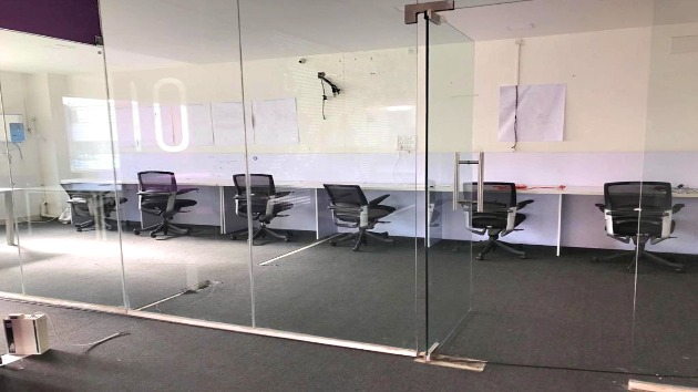 GoOffice 2172 10 Seater Private Cabin