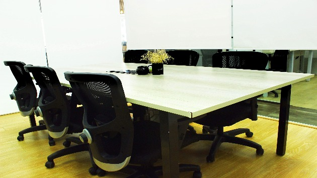 GoOffice 2213 Open Desks