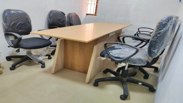 GoSpace 1121 4 Seater - Meeting Room