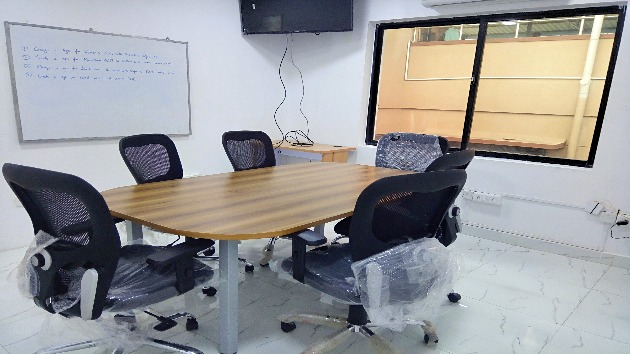 GoSpace 1135 6 Seater - Meeting Room