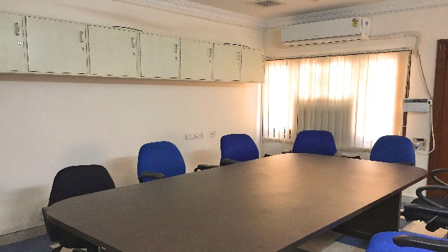 GoSpace 1233 10 Seater - Conference Room