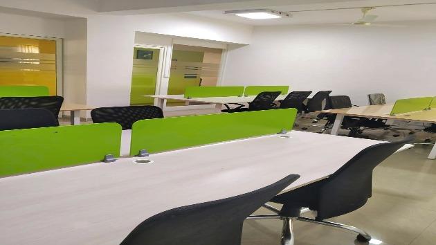 GoOffice 2157 Open Desks