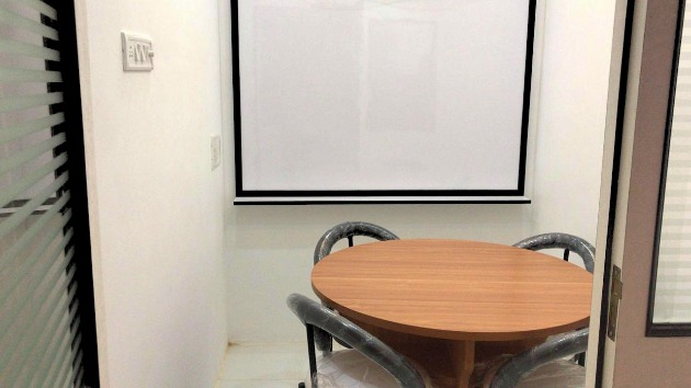 GoSpace 1194 4 Seater - Meeting Room