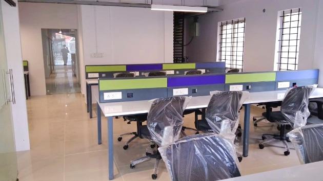 GoOffice 2283 Open Desks