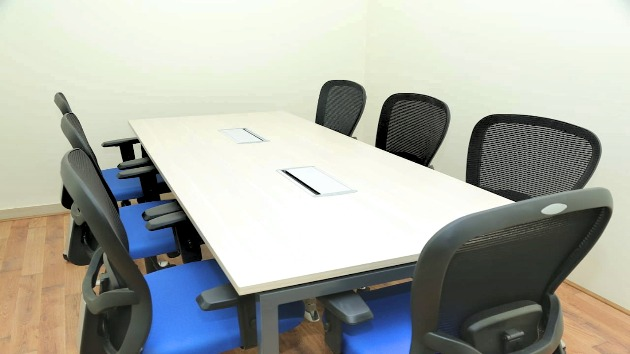 GoSpace 2360 7 Seater - Meeting Room