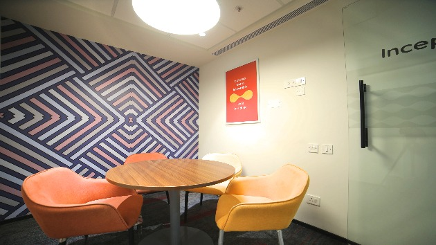 GoSpace 2370 4 Seater - Meeting Room