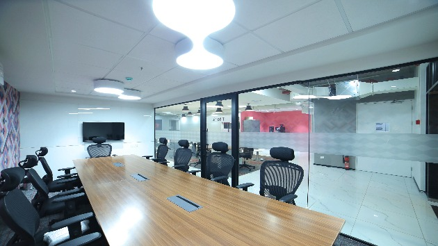 GoSpace 2372 12 Seater - Meeting Room