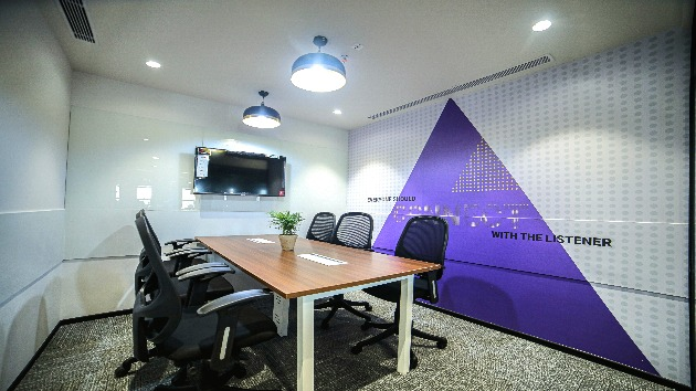 GoSpace 2374 6 Seater - Meeting Room