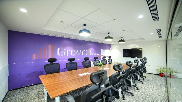 GoSpace 1240 12 Seater - Meeting Room