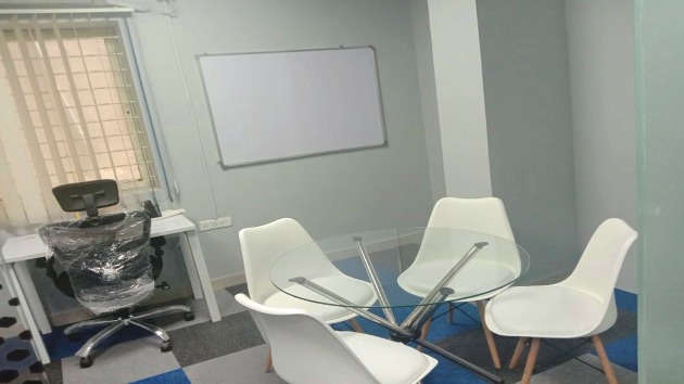 GoSpace 2287 4 Seater - Meeting Room