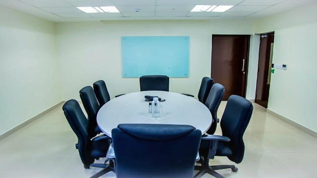GoSpace 2338 8 Seater - Meeting Space