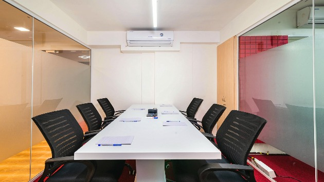GoSpace 6008 6 Seater - Meeting Room