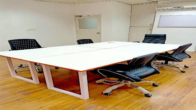GoSpace 7019 5 Seater - Meeting Room