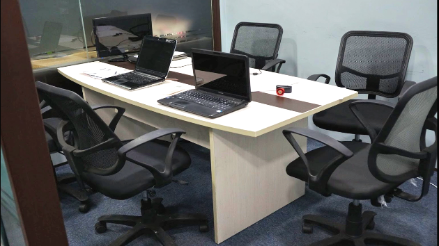 GoSpace 7007 6 Seater - Conference Room