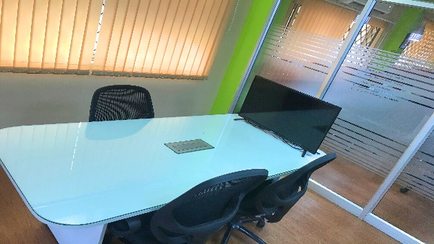GoSpace 1231 5 Seater - Meeting Room