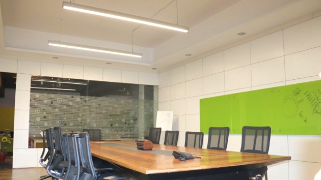 GoSpace 8005 8 Seater - Meeting Room