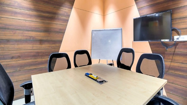 GoSpace 7010 4 Seater - Meeting Room