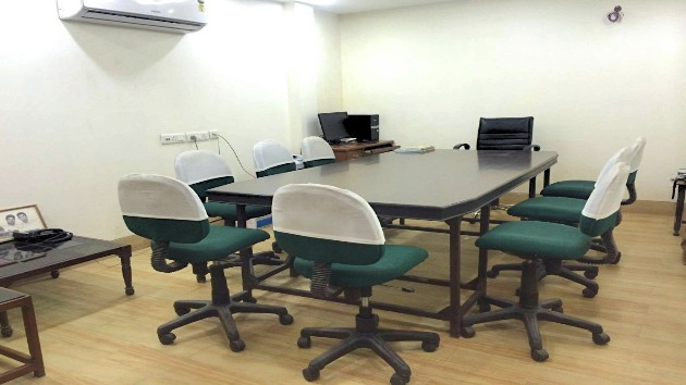 GoSpace 7003 15 Seater - Conference Room