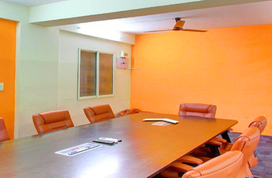 GoSpace 2272 6 Seater - Meeting Room