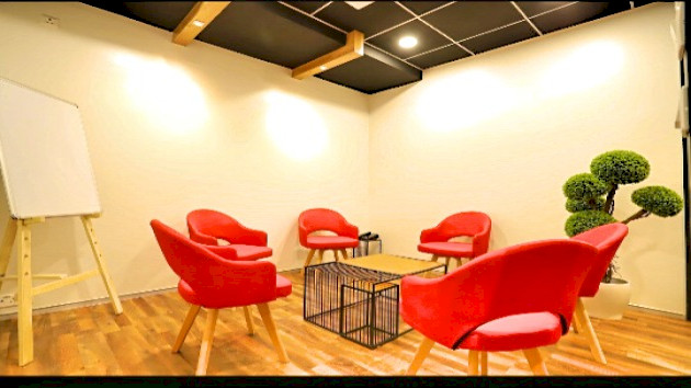 GoSpace 5007 6 Seater - Meeting Room