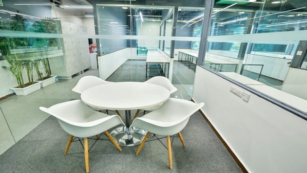GoSpace 8047 6 Seater - Meeting Room