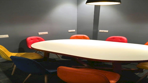 GoSpace 7031 8 Seater - Meeting Room