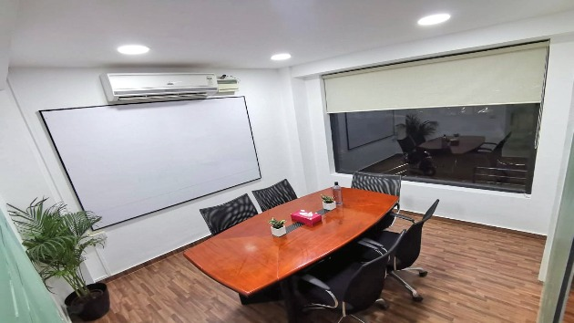 GoSpace 1286 6 Seater - Meeting Room