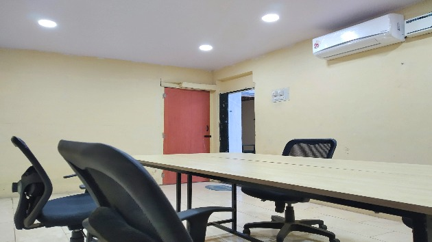 GoSpace 4040 16 Seater - Conference Room