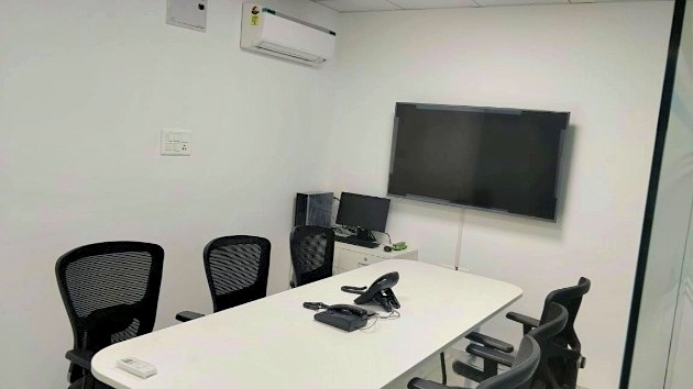 GoSpace 5047 8 Seater - Conference Room