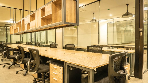GoOffice 2690 Dedicated Desks | MG Road