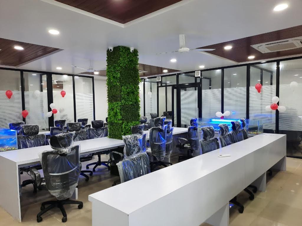 GoOffice 2715 Open Desks | Whitefield