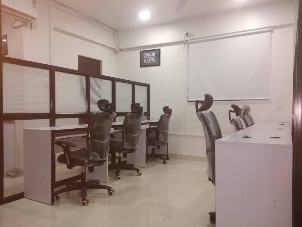 GoOffice 2752 2 Seater Private Cabin | Jaya Nagar