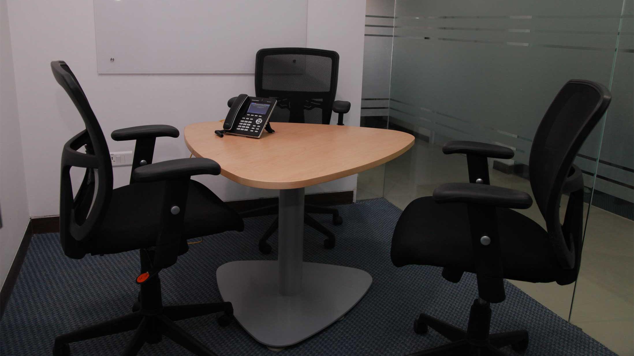 GoSpace 3235 3 Seater Meeting Room | Banjara Hills