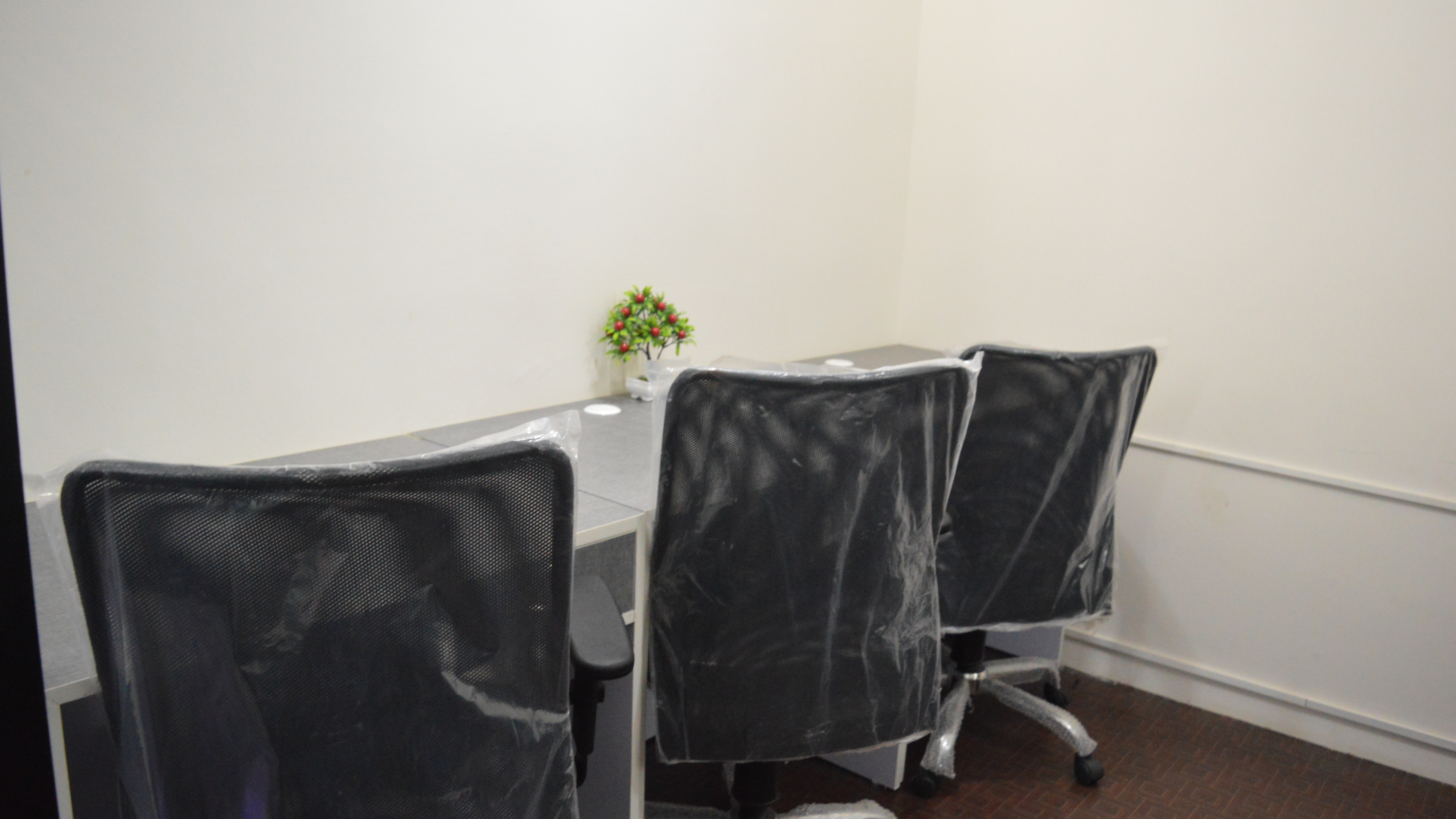 GoOffice 2764 3 Seater Private Cabin   JP Nagar 7 phase