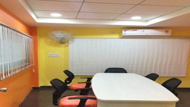 GoSpace 2493 4 Seater - Meeting Room